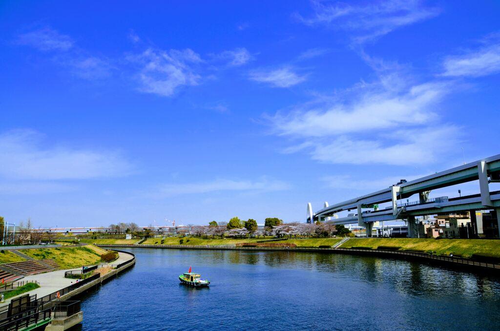 午後の隅田川