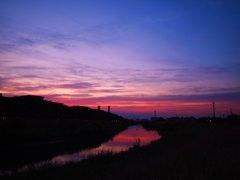 夕暮れの綾瀬川