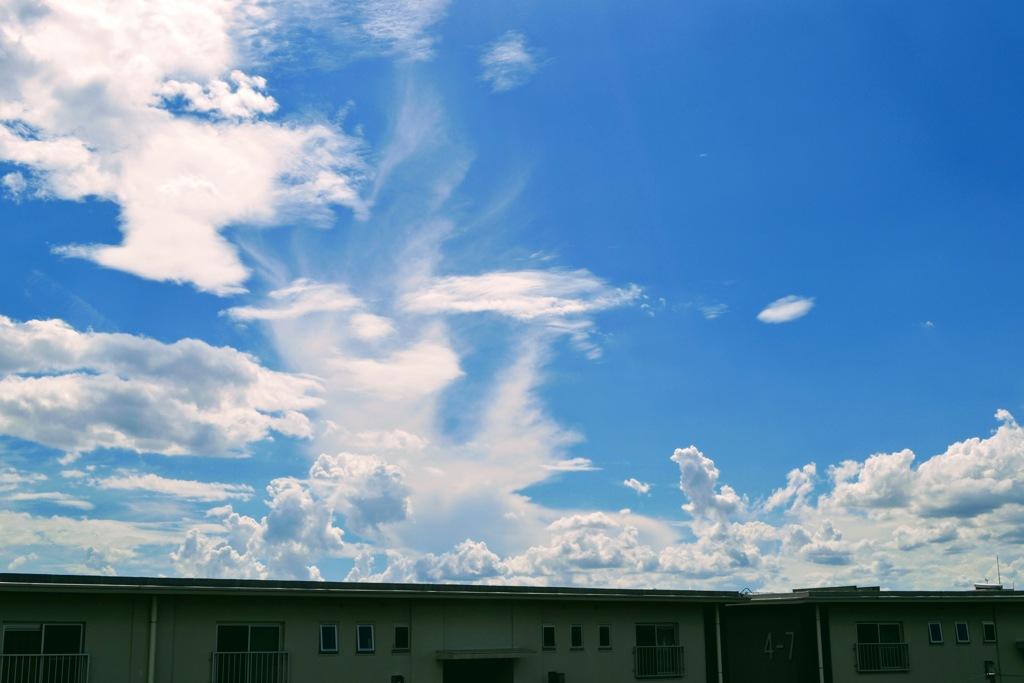 足立区方面の空を見ながら