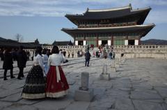 韓国 民族衣装チマチョゴリと景福宮