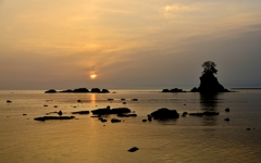 雨晴海岸日の出