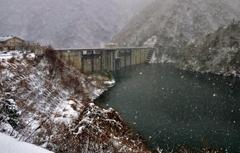姉川ダム雪景