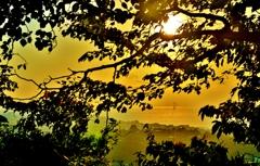 秋夕の彦根城