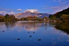 日本百名山伊吹山に農林水産省ため池百選の三島池