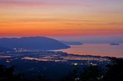 暁の奥琵琶湖
