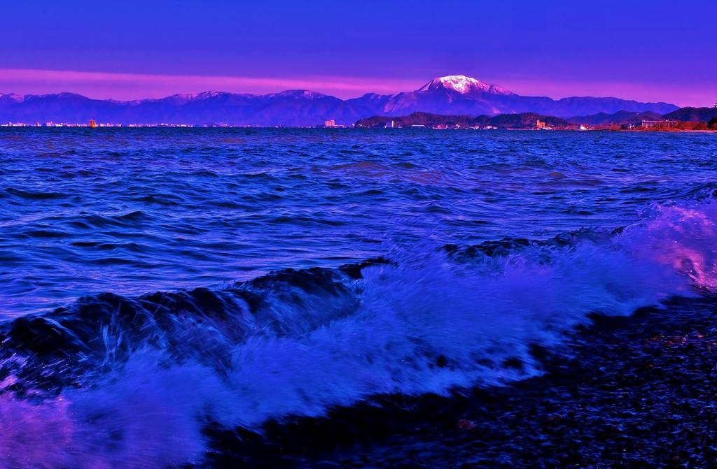初春の琵琶湖