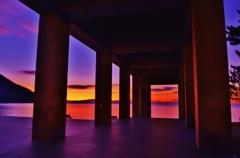 夜明けの回廊
