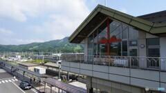 軽井沢駅をちょい横川駅がわへ・・・目線を向ける