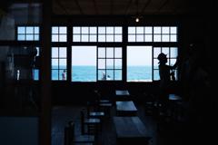 海が見える教室