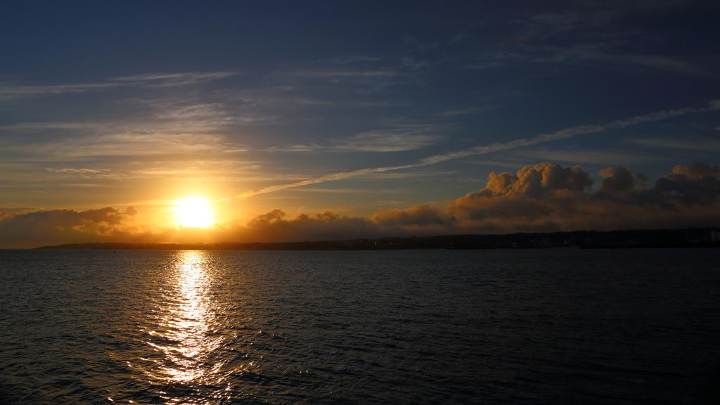 予期せぬ朝陽