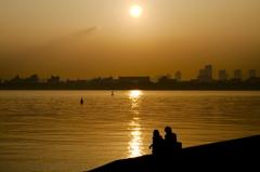 琥珀色の夕日