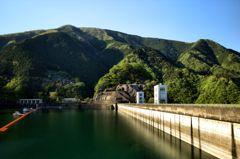 新緑の小河内ダム Ⅱ