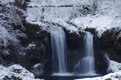 厳冬 鐘山の滝