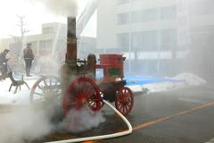 蒸気式ポンプ車