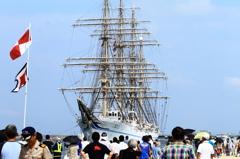 新海王丸の出航