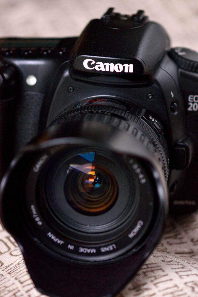 EOS20D & EF24-85mm