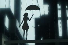 雨に歩けば