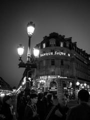 あれが巴里の灯だ~C'est la lumière à Paris
