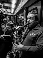 Tenor saxophonist Métro♪
