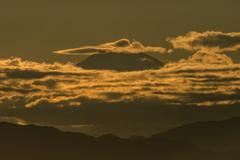 三点セット「飛行機・笠雲・富士山」