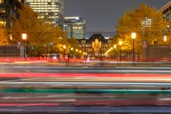 晩秋「東京駅」