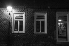 「夜の街角」ブェルニゲローデ