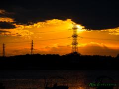 夕暮れの鉄塔..