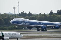 747−8F