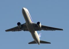 離陸(460)ANA 767-381
