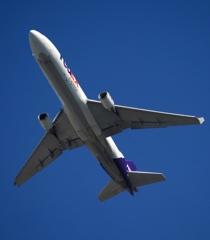 FedEx MD-11 出発