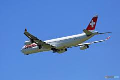 「そらー」 SWISS A340-313 HB-JMB 離陸