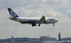 着陸 NCA 747-8KZF JA11KZ/ジャンボ保存委員会