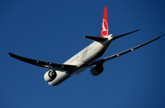 トルコ 777-300ER 飛び立ち