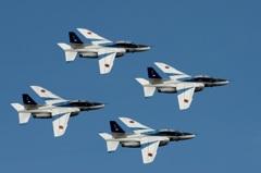 入間航空祭(98)アクロバット T-4 ブルーインパルス