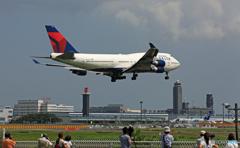 ジャンボ保存委員会 /DELTA 747-400 N662US到着