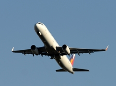 離陸(465)Philippines A321-231