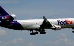 着陸(95) FedEx MD-11 [b]