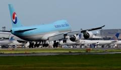 着陸(34-2)Korean Cargo 747-8F [b]