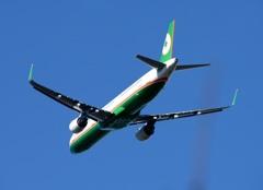 EVA  A321-211