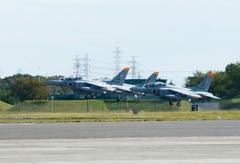 入間航空祭(71)Kawasaki Iruma T-4 離陸