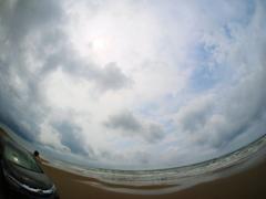 渚をドライブ