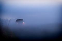 霧の中のワイディングロード