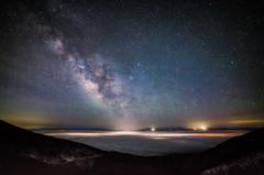 高峰大雲海と天の川