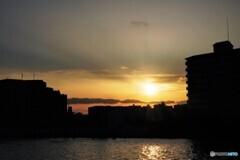 隅田川の夕日。