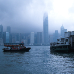 朝靄の香港