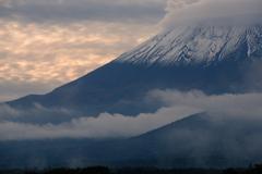 雲と雪のバラード