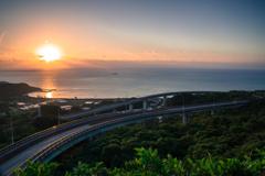 ニライカナイ橋の日の出