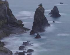 屏風岩と滝
