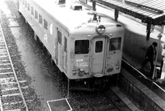 雨の遠軽駅