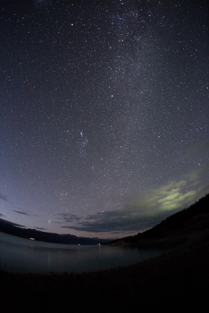 プカキ湖の星